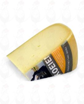 Matured Organic Gouda cheese   Premium Quality