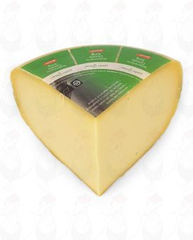 Young Gouda Organic Biodynamic cheese - Demeter   1 kilo / 2.2 lbs