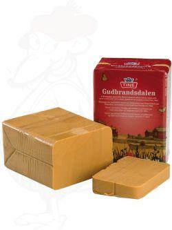 Gjetost Gudbrandsdalen | Norwegian Brown Cheese - Gudbrandsdalsost