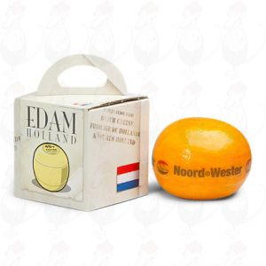 Edam Cheese in a gift box - Weight cheese 1,6 kilo