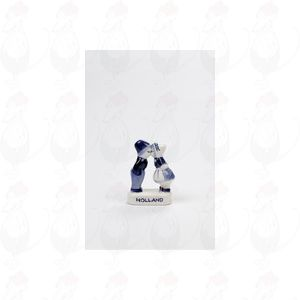 Delft Blue Farmer and peasant girl - Kissing Couple - small