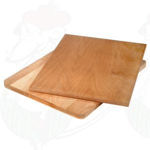 Cutting board of beech wood