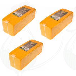 3 X Red Cheddar cheese - Mild |  Block of 2,5 kilo / 5.5 lbs